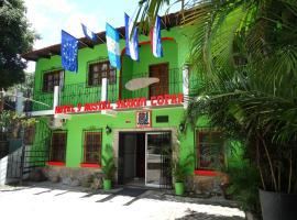 Hotel & Hostal Yaxkin Copan