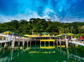 Banana Bay Marina
