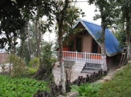 Cottage with a chef's services in Darjeeling, by GuestHouser 37019, Māngwa