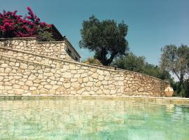 Nereidi Pool Villas, Porto Ozias (рядом с городом Tranakatika)