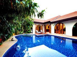 Grand Condo Lotus Pool Villa