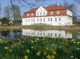 Jagdschloss Kotelow, Kotelow (Rattey yakınında)