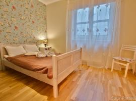 Daily Apartments- Two Bedroom Apartment with Sauna