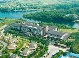 Riverside Luxury Hotel
