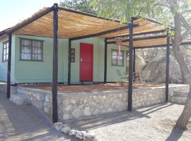 Red Door Cabin, Outjo