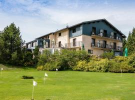 Hotel le Mont Saint-Jean, Les Rousses (La Cure yakınında)