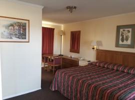 Sooner Motel, Stroud (Near Chandler)