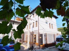 Avgustin Inn, Abrau-Dyurso