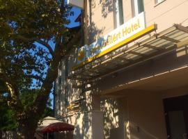 Szent Gellért Hotel, Секешфехервар