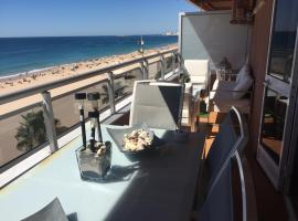 Luxury Oceanfront triplex in Cadiz