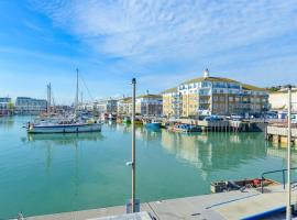 Seaview 2 bedroom apartment Brighton Marina