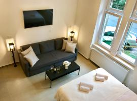 Laura Apartments