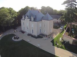 Le Petit Château des Cedres, Mouchamps