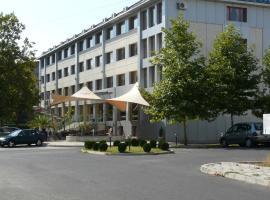 Hotel Ustra, Kŭrdzhali (Gnyazdovo yakınında)