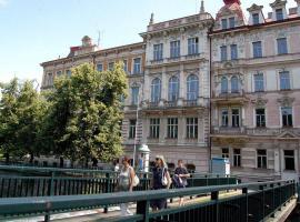 Apartment nám.Jana Palacha, Karlovy Vary (Rybáře yakınında)