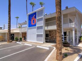 Motel 6 Scottsdale