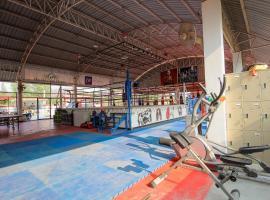 Cong Carter Muay Thai Camp