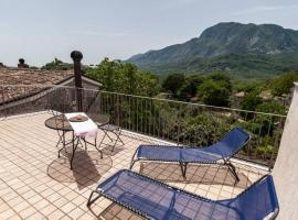 Milleunapietra Guest House, Castelnuovo Parano (Sant'Andrea del Garigliano yakınında)