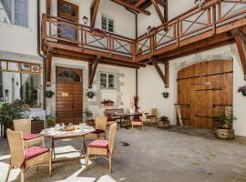 Appart Hotel Charles Sander, Salins-les-Bains (рядом с городом Pretin)