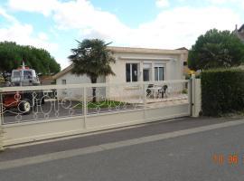 Maison de vacances, Saint-Côme-de-Fresné