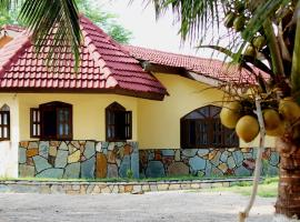 Ayikoo Beach House, Elmina