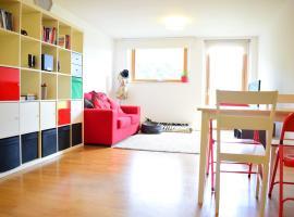 2 Bedroom Apartment with Private Balcony - Sleeps 5, Лондон (рядом с городом Brixton)