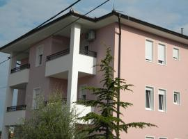 Apartment Srebrni oblak, Аранделовац