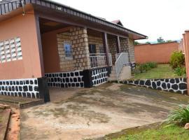 Whitestone - Guest House, Bamenda (Belo yakınında)