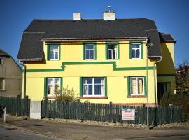 Penzion Slunečnice, Dvůr Králové nad Labem (Velehrádek yakınında)