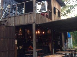 The Shadow House & Bar, Ko Phayam