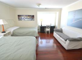 [3C] Large Double Queen-Bed Room near SFO, South San Francisco