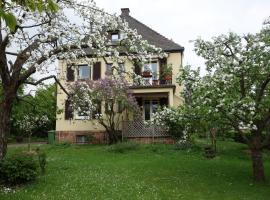Haus Victoria, Marburg an der Lahn (Wolfshausen yakınında)