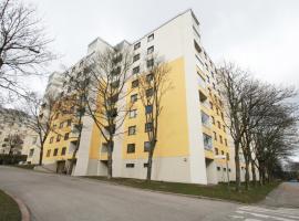 Spacious third-floor studio apartment in Leppävaara, Espoo - Everstinkuja 1, Хельсинки (рядом с городом Laajalahti)