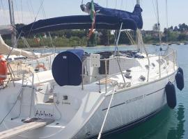 Jenneau Sun Odissey 37, Taranto (Praia a Mare yakınında)