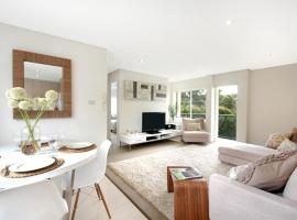 Two Bedroom Apartment Clovelly Road II(VELLY)