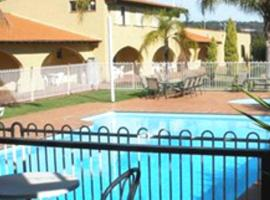 El Caballo Resort, Wooroloo (Dewars Pool yakınında)