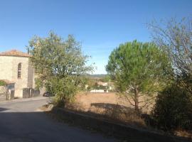 Le 96 à Aubarne, Sainte Anastasie - Aubarne (рядом с городом Dions)