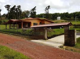 Peace cabin, Alajuela (Sabana Redonda yakınında)