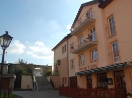 Penzion U Zvonu, Nový Jičín (Kunín yakınında)