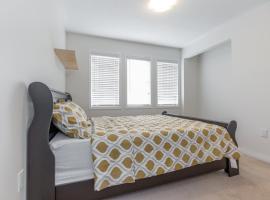 STUNNING 3 BEDROOM PRIVATE HOME, Brampton