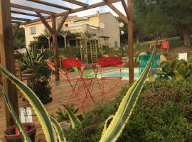 B&B Macchia Verdata avec piscine, Monacia-d'Aullène (рядом с городом Giannuccio)