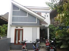 Rajawali Guesthouse, Джокьякарта (рядом с городом Gadingan)