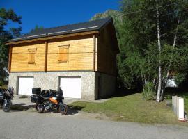Chalet bois au milieu des Pyrénées, L'Hospitalet-près-l'Andorre