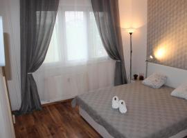 Apartment 3kk De Luxe, Beroun (Králŭv Dvŭr yakınında)
