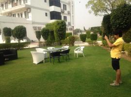 Resort De Reverie, Джайпур (рядом с городом Дахми)