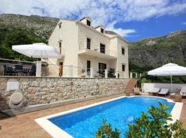 Villa Rozat 8815, Komolac (Dobromani yakınında)