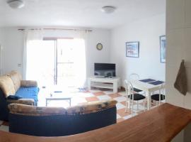 Apartment, Los Abrigos