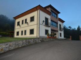 Hotel Reina Adosinda, Pravia (San Román yakınında)