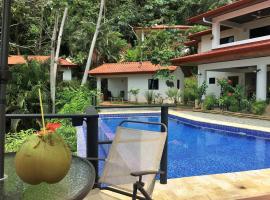 Casa del Toucan, Dominical
