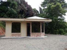 Lu House, Puntarenas (Tajo Alto yakınında)
